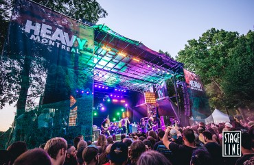 SL250 stage – The Perfect Fair & Festival Stage   Mobile Stage Rentals